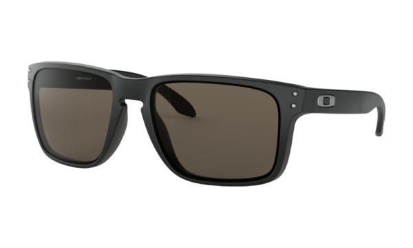 OAKLEY holbrook-xl_matte-black-warm-grey_001_133110_png_hero